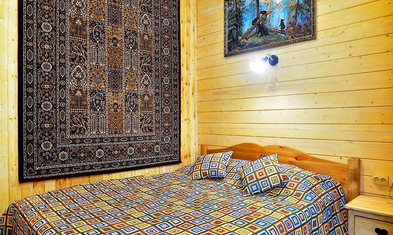 HOTEL KATYUSHA, MOSCOW ***